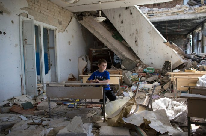 displaced Ukraine child