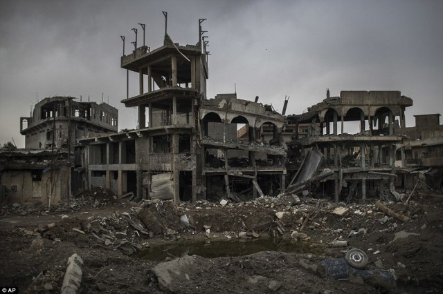 Mosul in ruins.  Photo: AP